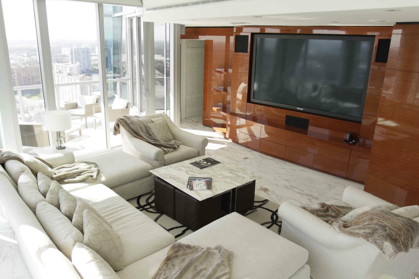 dolce-vita-design-interior-designer-miami-fl-florida-portfolio-jade-ocean-living-room